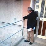 Els veïns reclamen la reurbanització dels interiors de la part alta de la Trinitat Nova