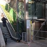 Dues setmanes sense ascensor ni escales mecàniques a les Roquetes